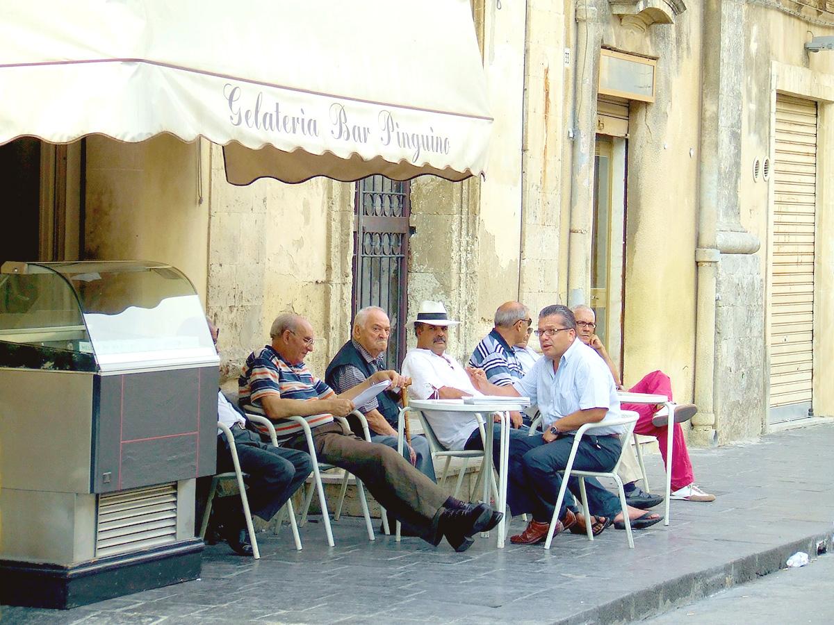 バール、おじいさん、お茶、カフェ、イタリア、街角