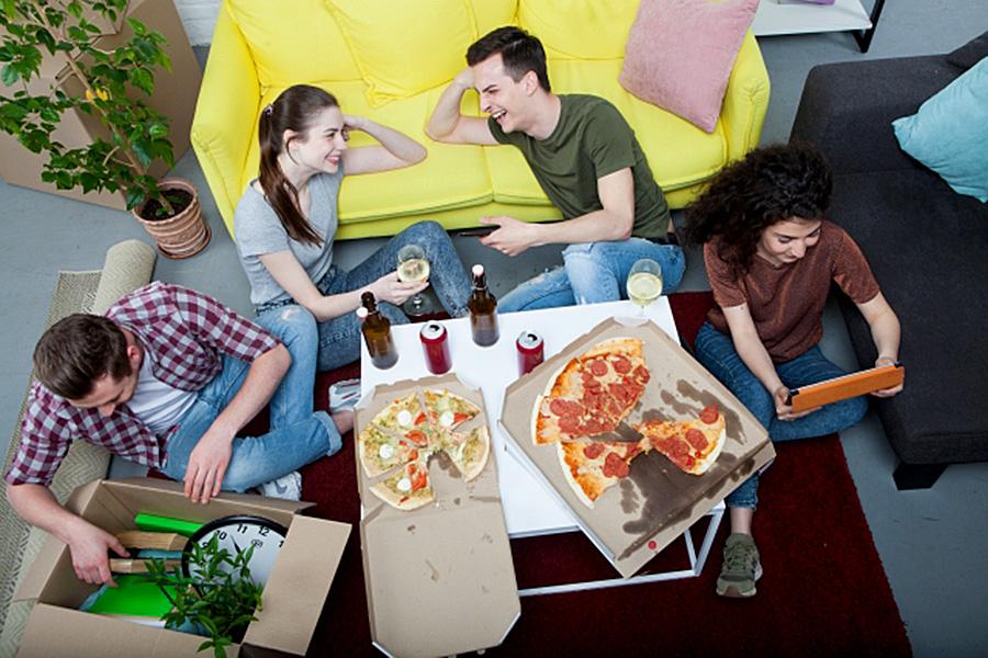 イタリア生活、生活費用、ルームシェア、シェアハウス、ルームメイト