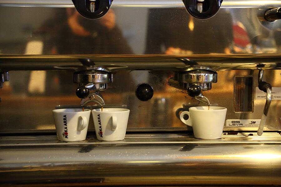 イタリアコーヒー、エスプレッソ、コーヒーマシーン、バール、bar
