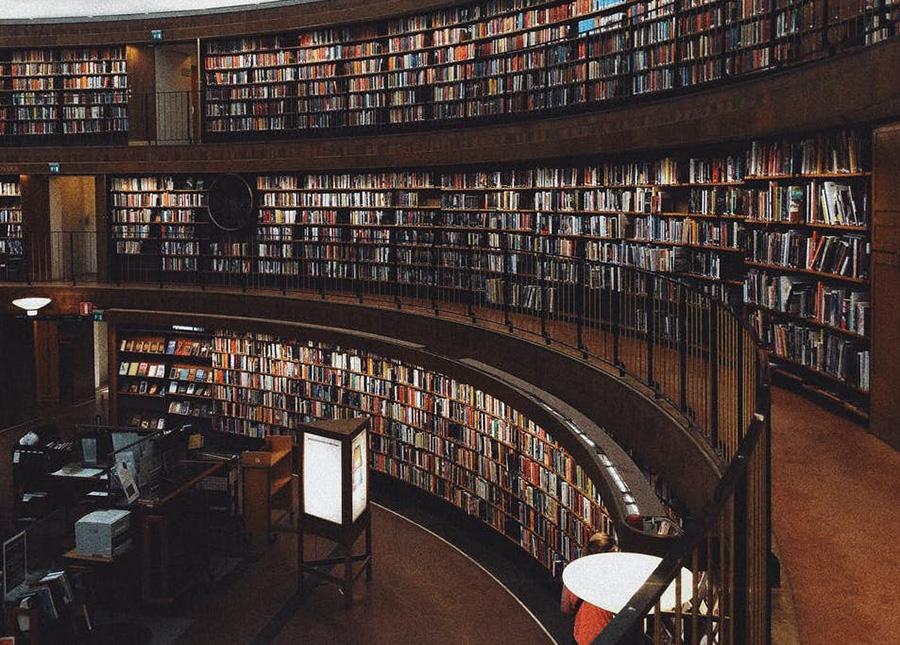 大学、図書館、海外大学、イタリア大学