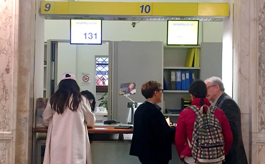 イタリア生活、イタリア郵便局、イタリア郵便局窓口