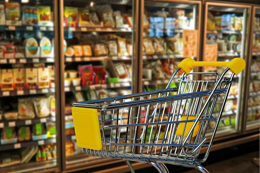 イタリアスーパーマーケット 、カート、冷凍食品