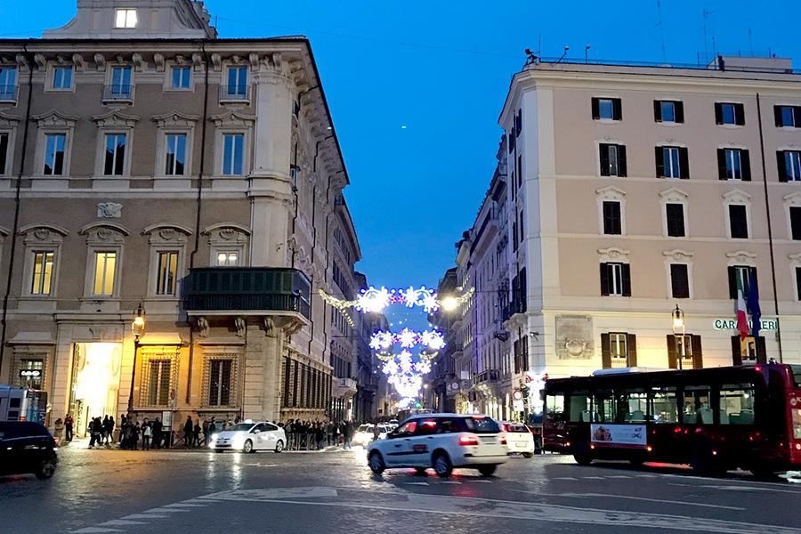 イタリア風景、イタリア公共交通機関、バス