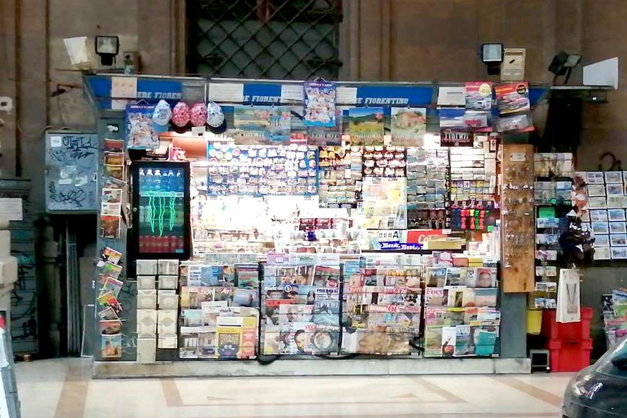 エディーコラ、キオスク、新聞販売スタンド、イタリア