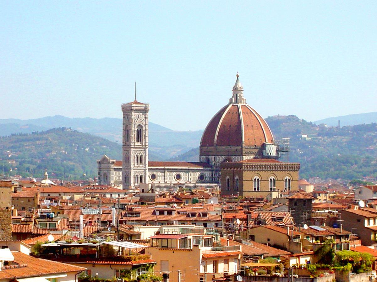 フィレンツェのドゥオーモとクーポラ