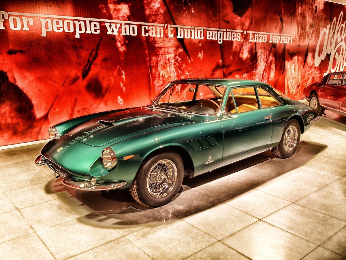 フェラーリ、イタリア車産業、イタリア