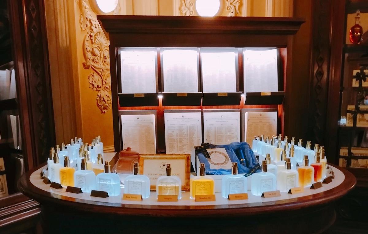 サンタマリアノヴェッラ薬局、製品、香水、イタリア、フィレンツェ