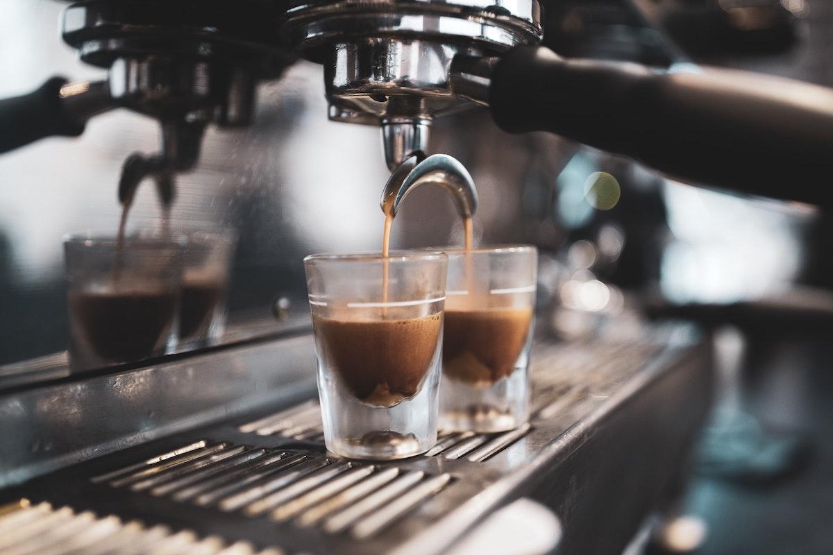 コーヒー、エスプレッソ、エスプレッソマシーン、イタリアン