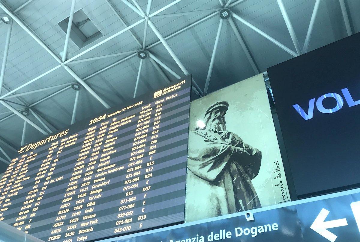 イタリア、ローマ、フィウミチーノ、レオナルド・ダ・ヴィンチ空港、イタリア風景