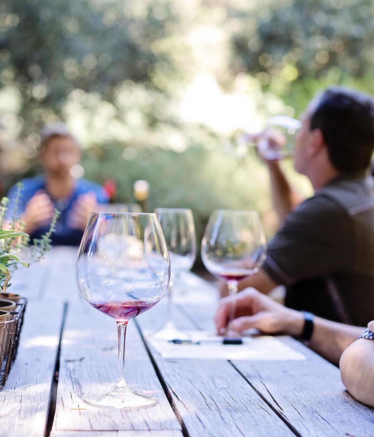 ワイン、テイスティング、イタリア風景